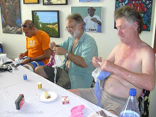 Men�s Sewing Circle